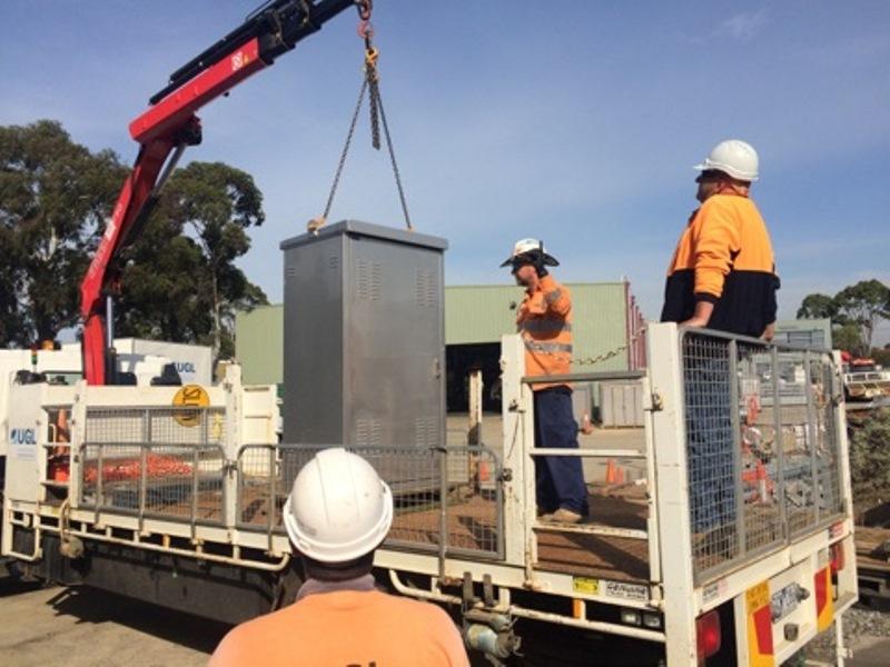 HRD vehicle-mounted loading crane